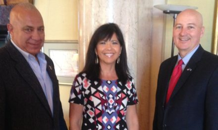 Indian Commission Representatives Meet with Governor
