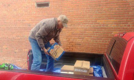 Brewer Donates 600 Books
