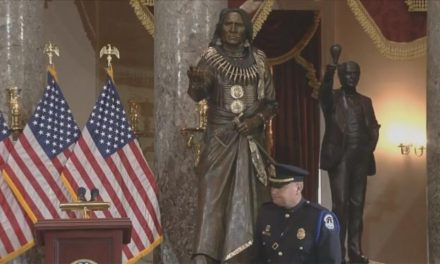 Chief Standing Bear statue unveiled in DC